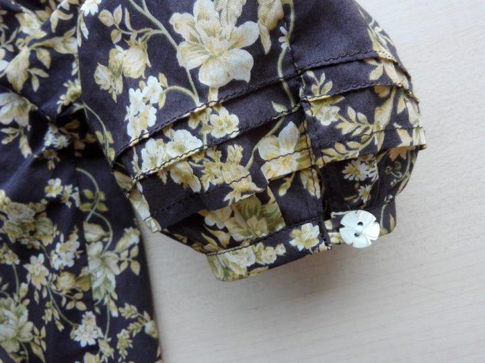 ピンタック袖