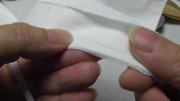 台衿付きシャツカラーの縫い代の厚みを薄くするプロの技 洋裁教室や独学でお悩みの方に最適な24時間自宅で学べる365回講座 3縫い代が階段状になり、その後の作業でも着用後にも縫い代のかかる力が分散されメリットが大きい