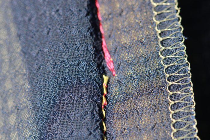 コンシールファスナーを美しく縫うために縫い目とのつながりの分量を離して縫う|洋裁教室や独学でお悩みの方に最適な24時間自宅で学べる365回講座3